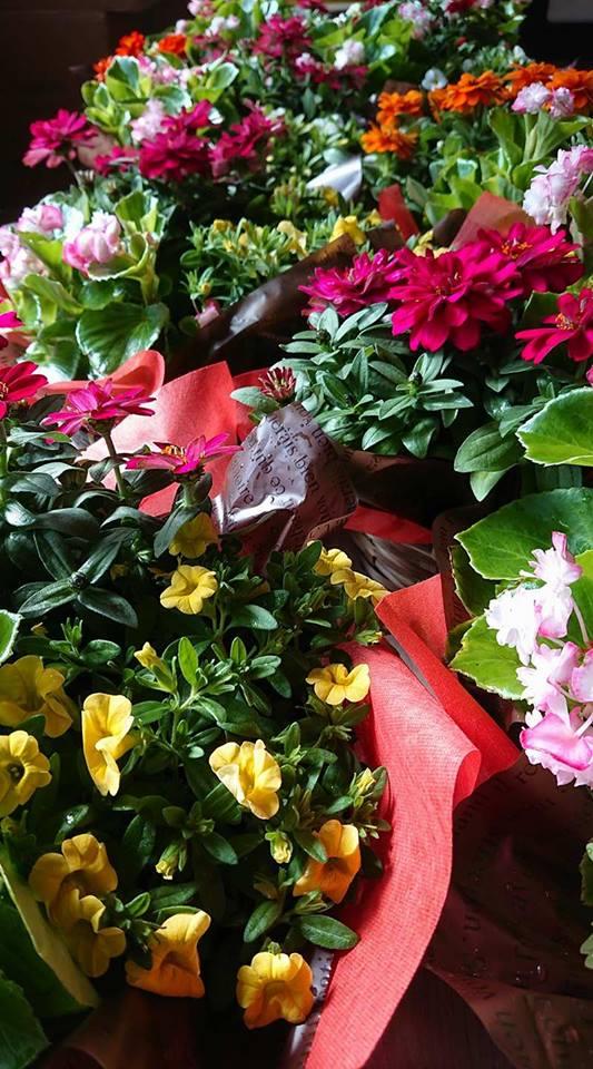 コンサートのテーブル装花