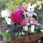 弔いの気持ちでお花を