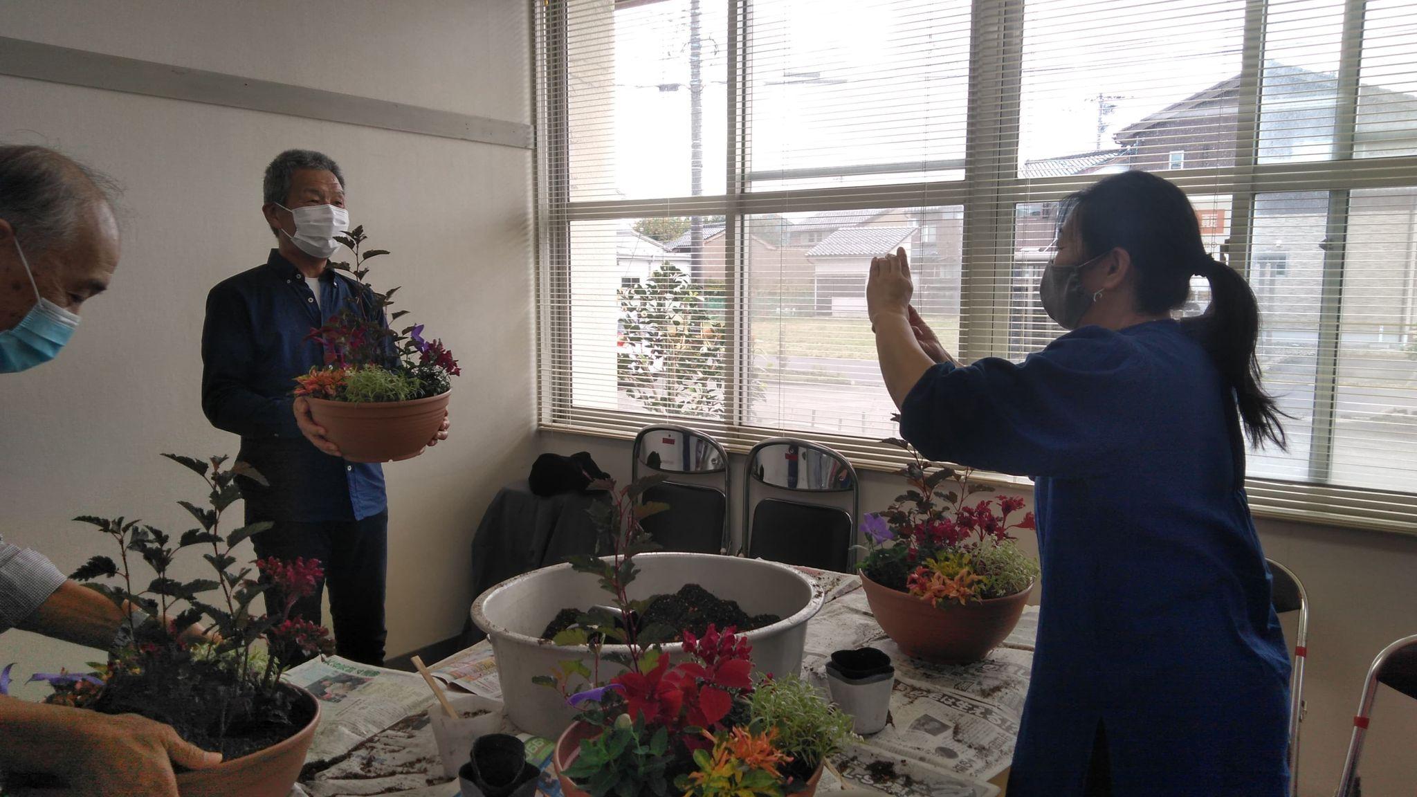 秋の寄せ植え教室🌸